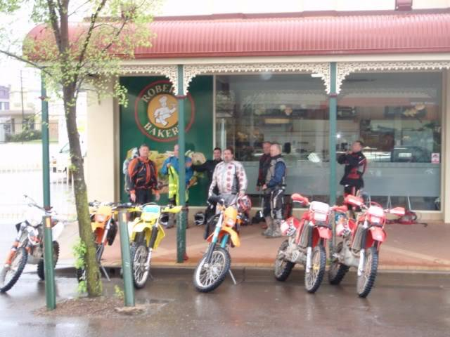 Aussie ride, Orange 2 day adventure PA250050640x480
