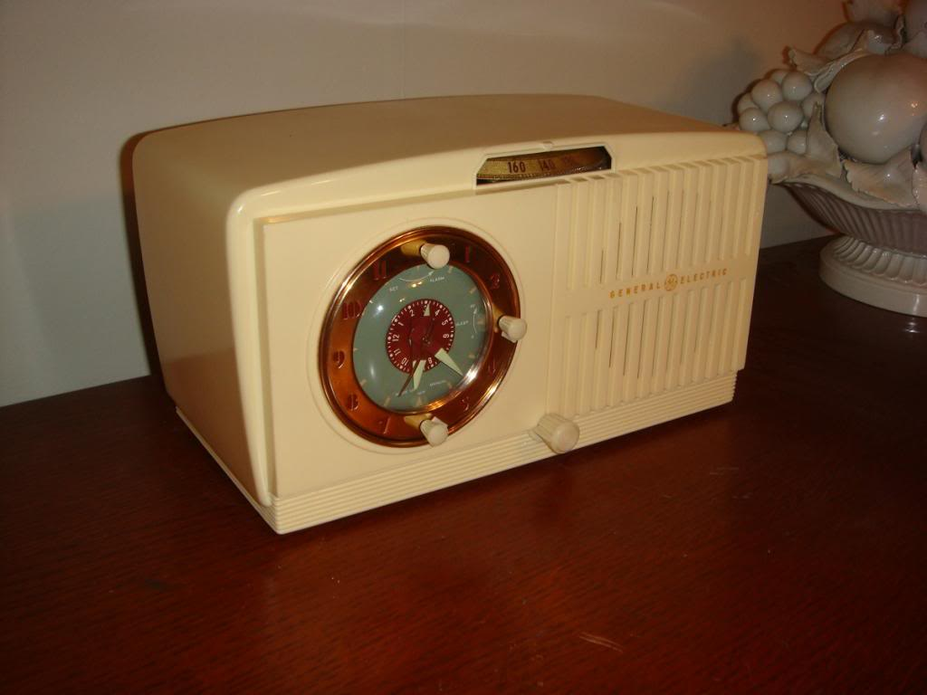 Restoration of a 1950 GE clock radio   GE516-2_zps9190a4e5