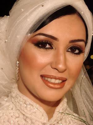 لفات طرح للعرائس والمحجبات جديده Kamar_34