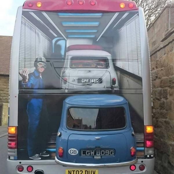 Italian Job Coach Italianjob-bus_zps0ymgr55w