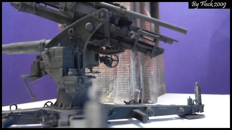 [DRAGON] 88 mm Flak 36/37 - 1:35 mise à jour 16/09/09...peinture terminé ,ruine d'église terminé pour dio... Flak_36_37_dio026