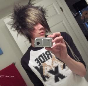 اولاد كوول Emo-boy-hair-bt-300x295