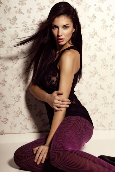 Sona Skoncova - Miss Slovak Republic International 2009 (Official Thread) - Page 2 13965_170154435865_516095865_339844