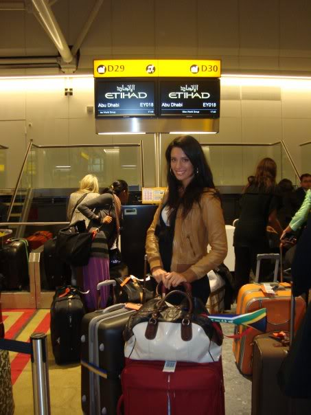 Official thread of Barbora Franekova - Miss Slovakia World 2009 - Page 4 15951_1170930911567_1176825608_3043