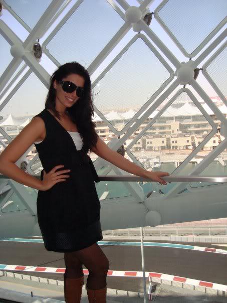 Official thread of Barbora Franekova - Miss Slovakia World 2009 - Page 4 15951_1170936631710_1176825608_3043