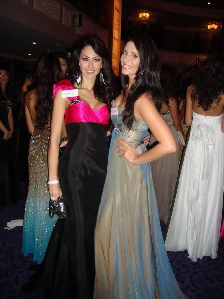 Official thread of Barbora Franekova - Miss Slovakia World 2009 - Page 4 15951_1170936751713_1176825608_3043