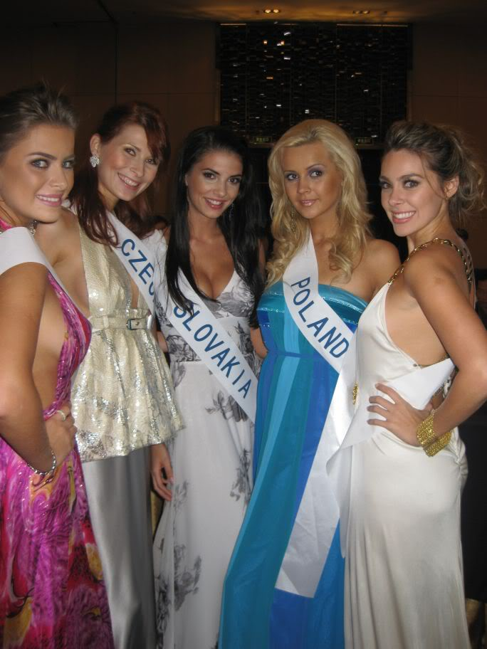 Sona Skoncova - Miss Slovak Republic International 2009 (Official Thread) - Page 2 Party20all2