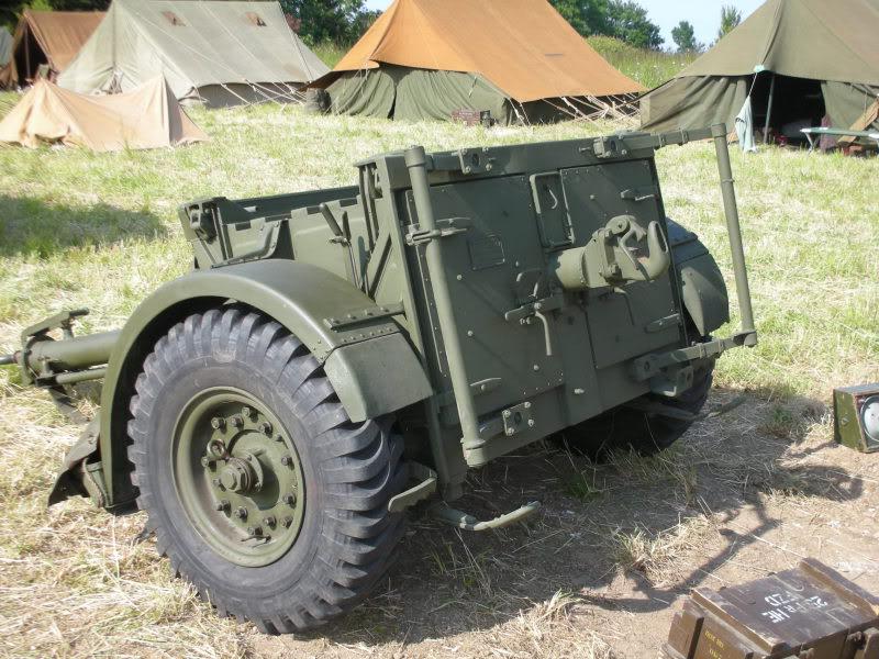 25 pdr FIELD GUN ARICAIN  ABANDONNE 006