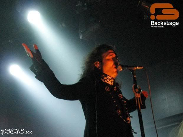 2010-09-19, MOONSPELL + HEAVENWOOD, Hard Club Nando