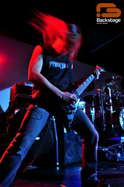 2010-12-25, Invicta X-Massacre II, Hard Club Ricardo-1