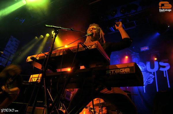 Reportagem: AMORPHIS + LEPROUS + NAHEMAH, Hard Club 2011-11-20 Amorphis1382