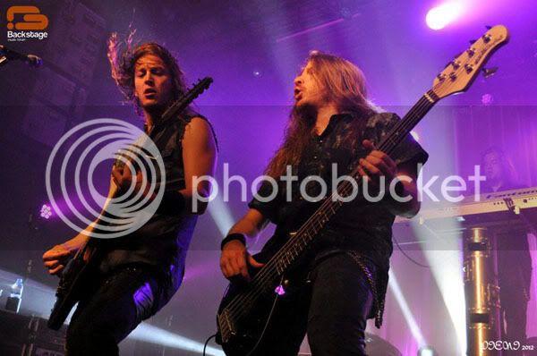 Reportagem: EPICA + STREAM OF PASSION + XANDRIA, Hard Club, 22/04/2012 Epica1021copy