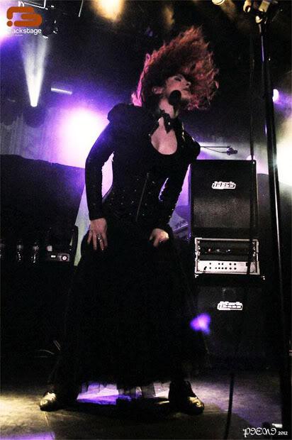 Reportagem: EPICA + STREAM OF PASSION + XANDRIA, Hard Club, 22/04/2012 Epica265copy
