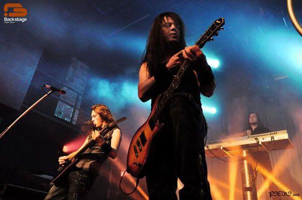 Reportagem: EPICA + STREAM OF PASSION + XANDRIA, Hard Club, 22/04/2012 Epica808copy