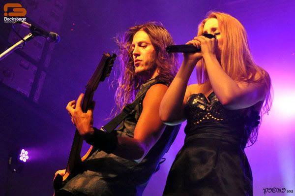 Reportagem: EPICA + STREAM OF PASSION + XANDRIA, Hard Club, 22/04/2012 Epica893copy