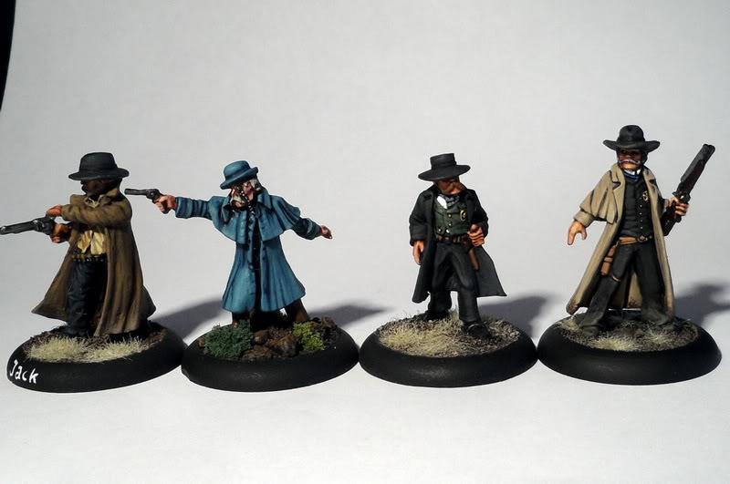 Figurines Old West - Comparaisons de tailles SAM_5810