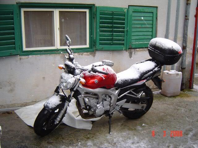 Najlepsi Motorcikli Yamaha_snjezna