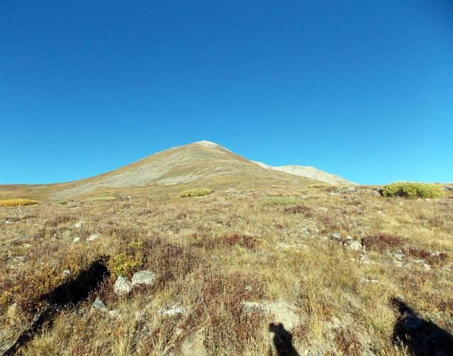 Hiking with dogs~Peak 9- 13,195ft & Peak 10- 13,633ft ~ Colorado DSCN2688