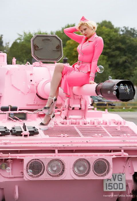 Jenny&Laura Tank Crew Figures hit the market! 1356834982_abd053f21f_o