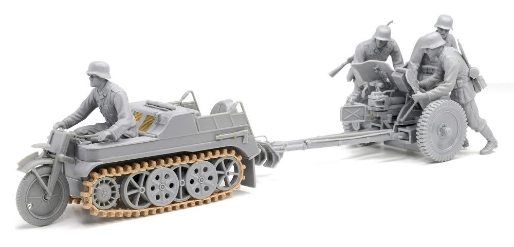 Built up photos of Dragons new Kettenkraftrad w/Pak 6446_6
