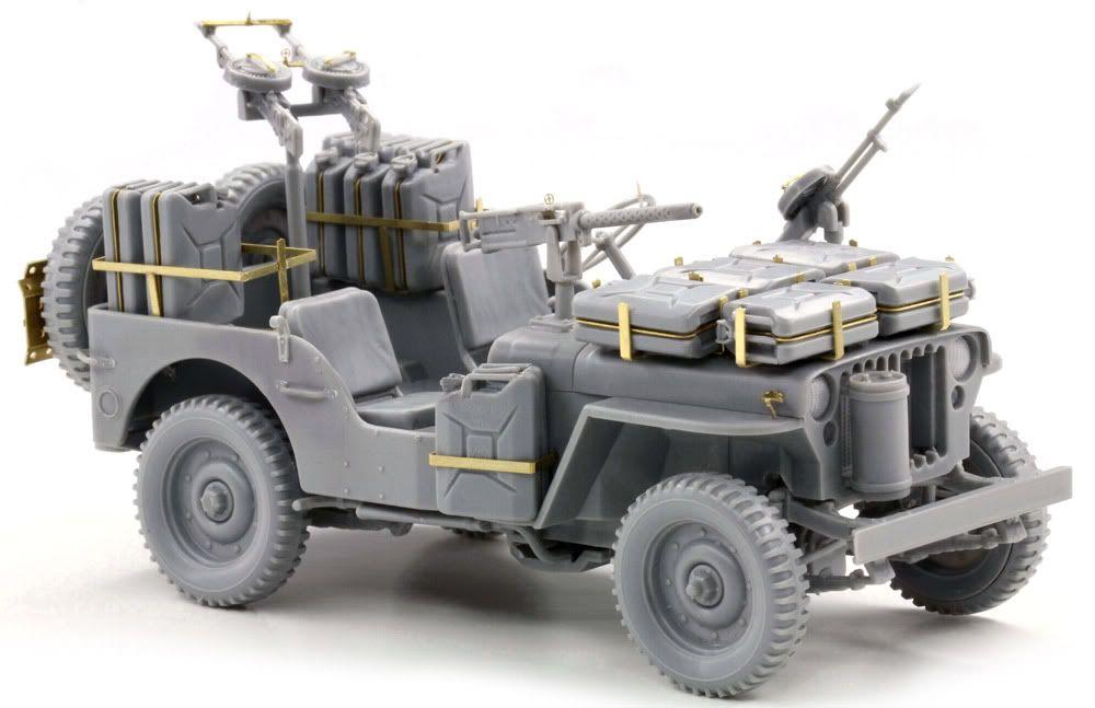 Built up photos of Dragons SAS Raider Jeep. 6681_2