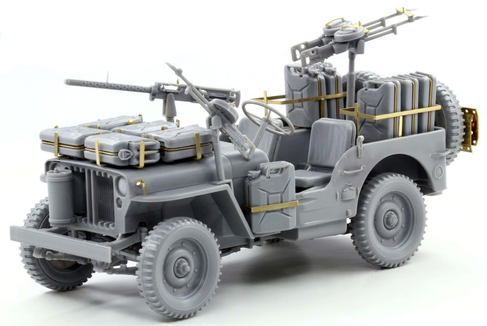Built up photos of Dragons SAS Raider Jeep. 6681_3