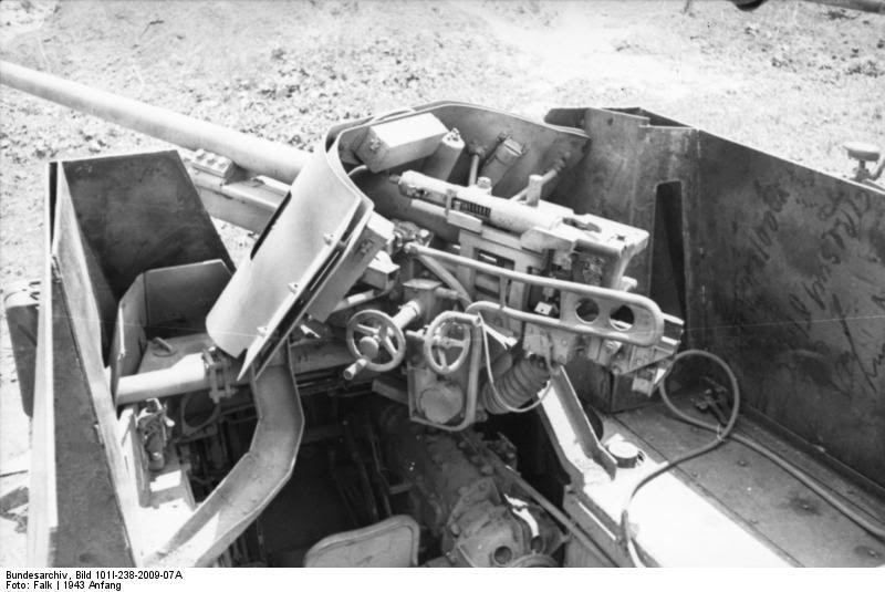 A Battery of Artillery GB Entries Bundesarchiv_Bild_101I-238-2009-07A