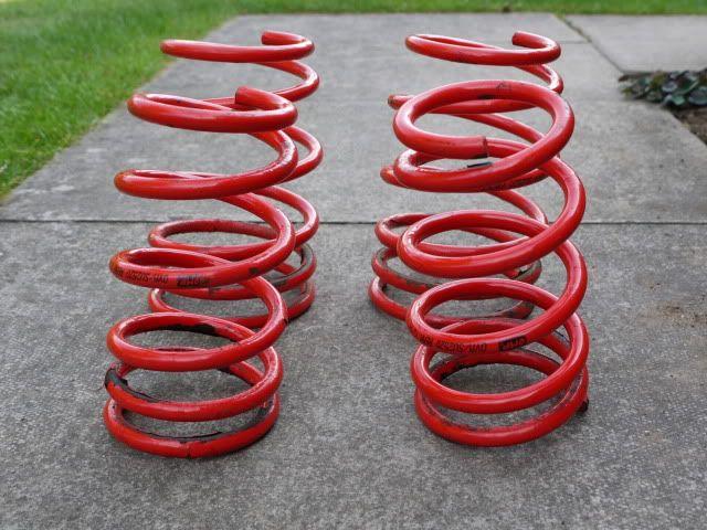 Few Bits - Apex Springs, OMP Springs, Front Shocks P1030194