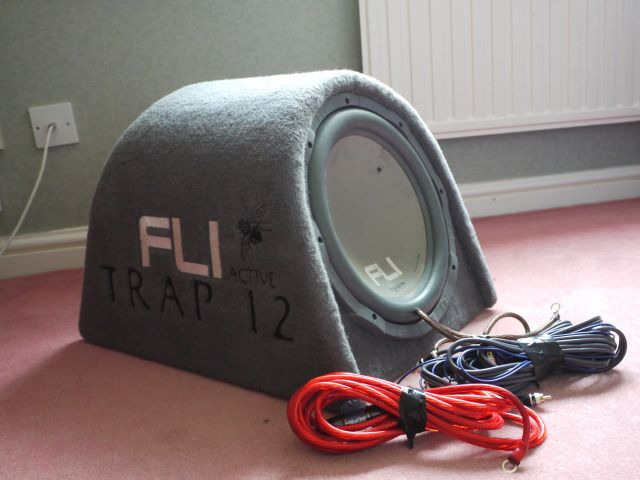 Fli Sub..... I didnt buy it, aquired it from a car i bought P1030550