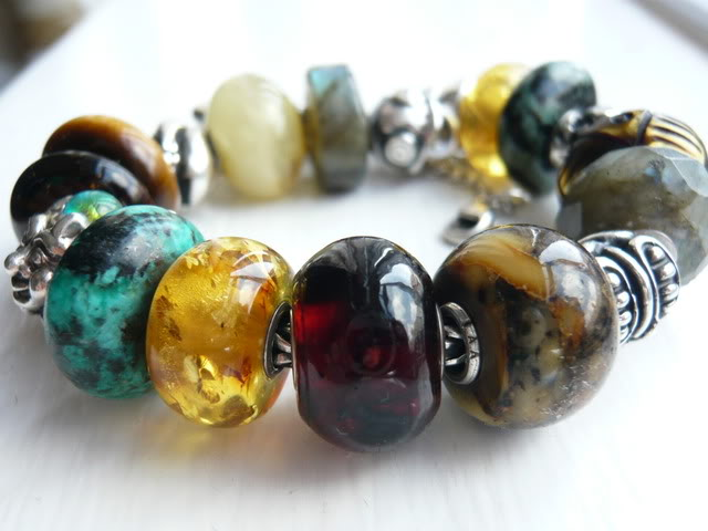 Amber and stones 011