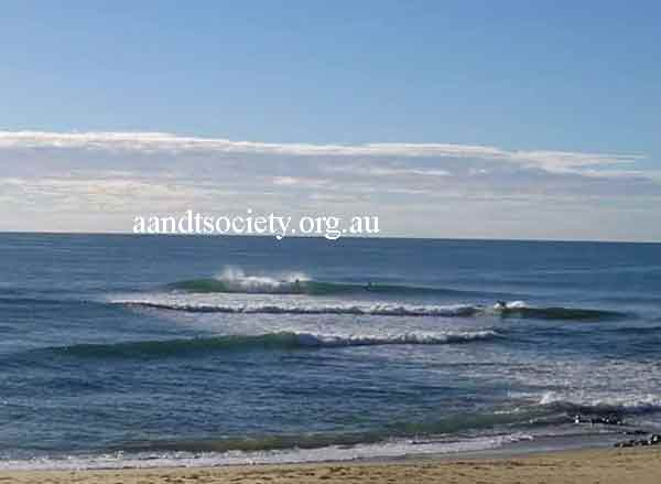 Caloundra to Dickies reef sites. Ann-street-reef-break-_zpsa22eb5a3