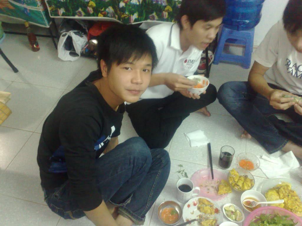 ảnh làm bánh xèo tại nhà tớ nà Cungan2