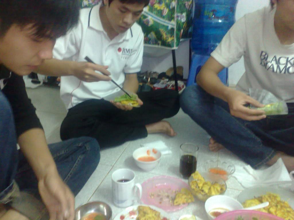ảnh làm bánh xèo tại nhà tớ nà Cungan5