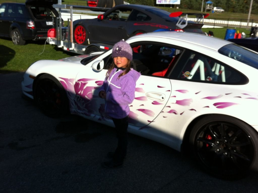familly trip to Mosport (lapping day) IMG_1045