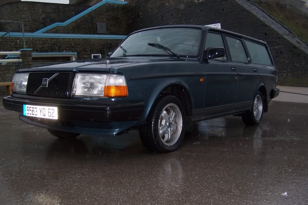 Volvo 240...... 102_4522