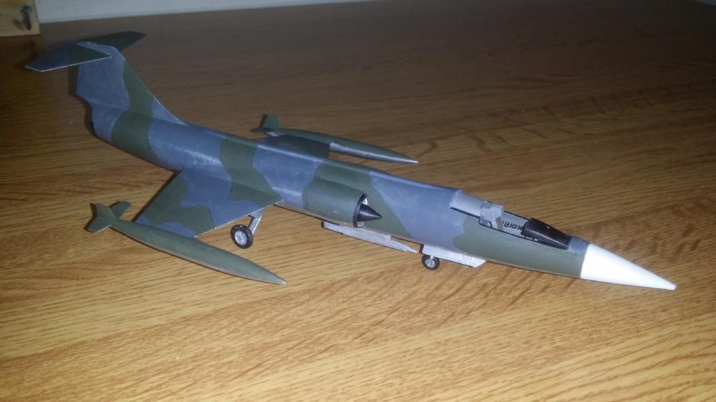 F-104G HAF ανακατασκευή σε F-104G ΑΜΙ (Ιταλία)_ Italeri 1/72 20170501_191115_zpsyul7p64l