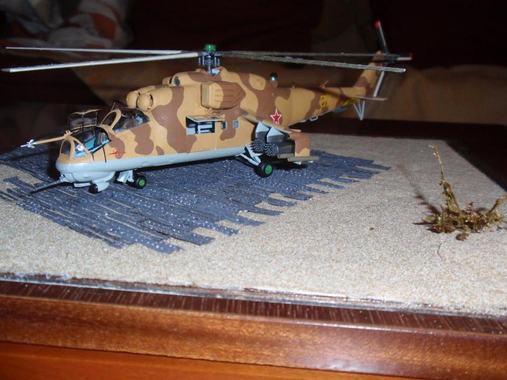 Mil Mi-24 Hind D, Afganistan war '80, Italery 1/72 P3252195_1