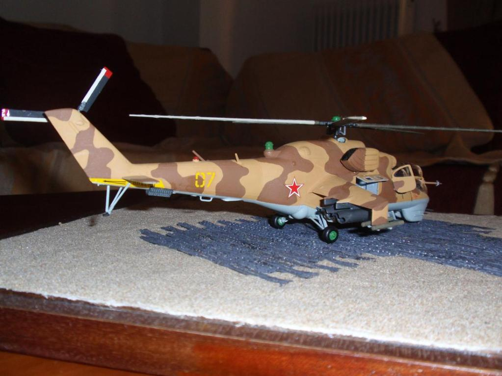 Mil Mi-24 Hind D, Afganistan war '80, Italery 1/72 P3252199_1