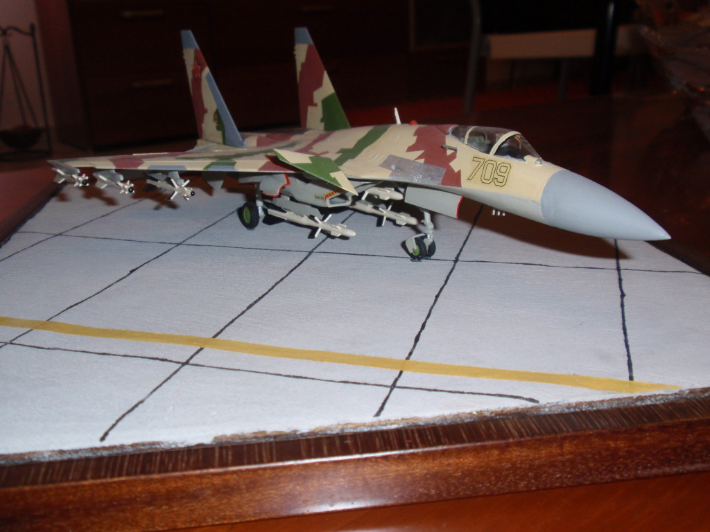 Su-35, prototype 709, 1/72 P4292201
