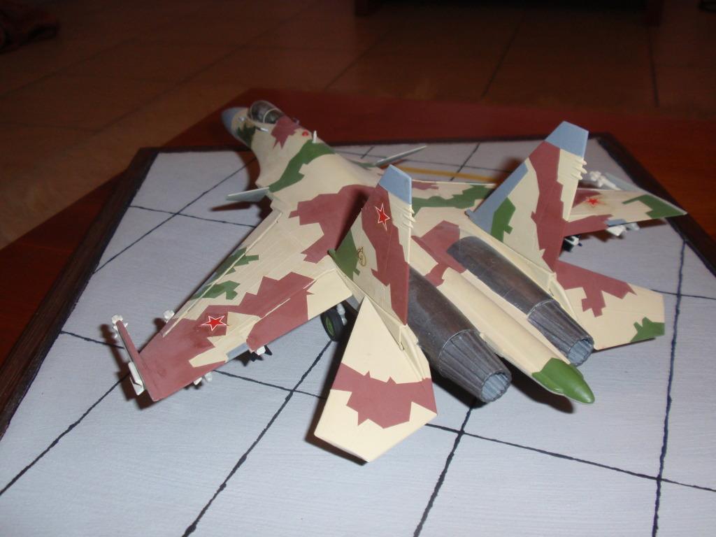 Su-35, prototype 709, 1/72 P4292205