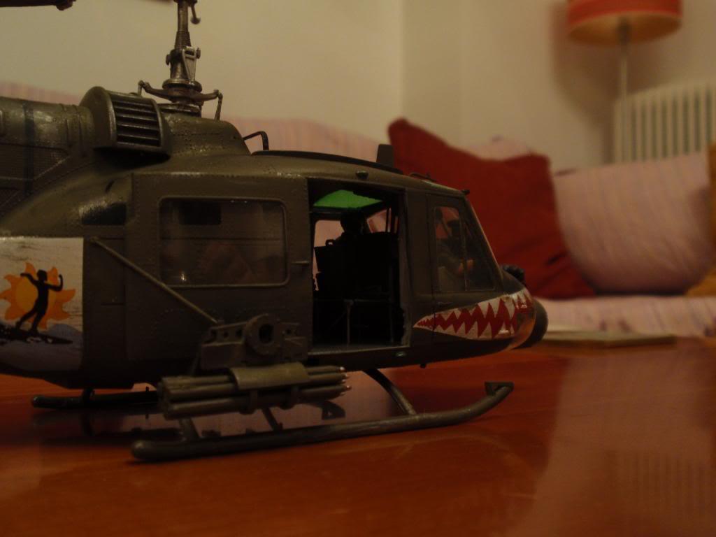 UH-1C FROG 1/35  P9192695_zps8c460bc9
