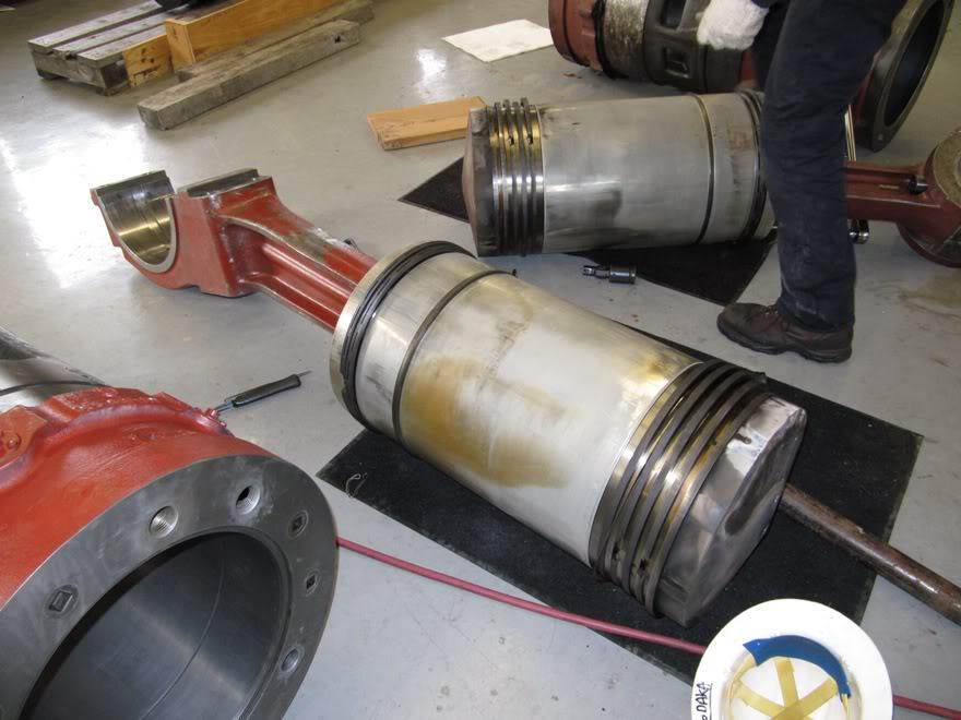 Clark 4500HP 12 Cyliner Engine IMG_0457