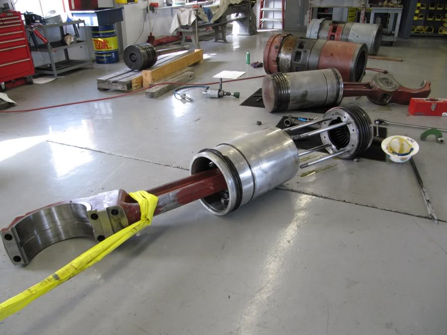 Clark 4500HP 12 Cyliner Engine IMG_0465