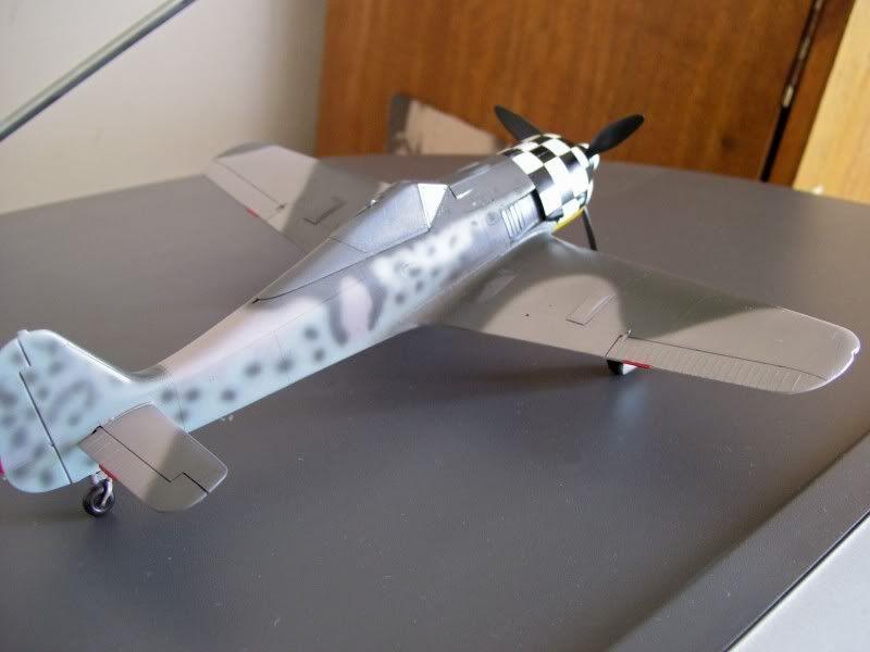 Focke Wulf 190 A-6 Georg Schott JG-1 (Terminado) - Página 2 Glossy1