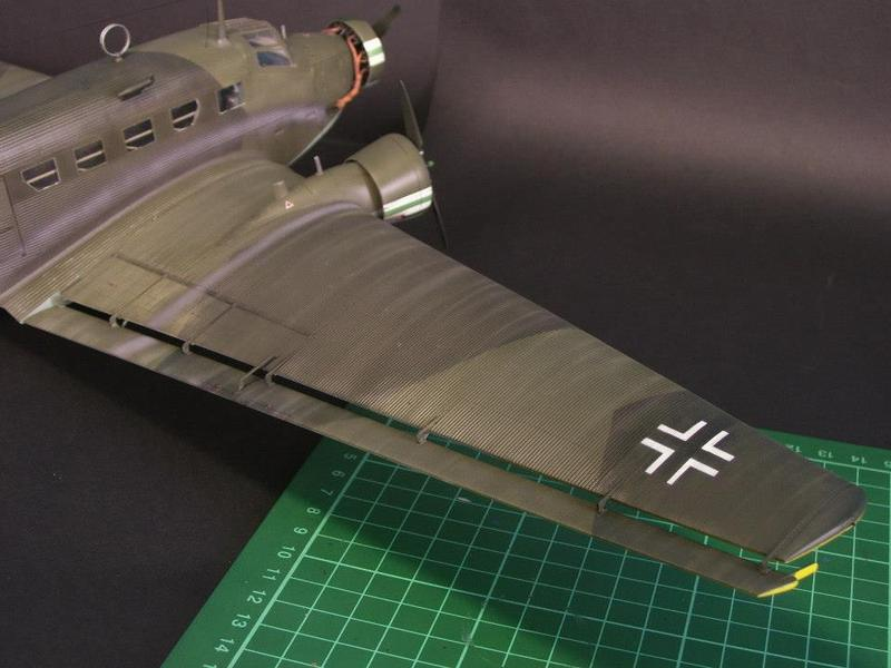 Junkers Ju 52/3m g 4e Revell 1/48 Ju52%2019