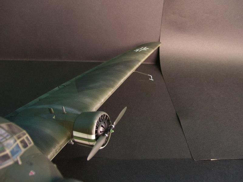 Junkers Ju 52/3m g 4e Revell 1/48 Ju52%2020