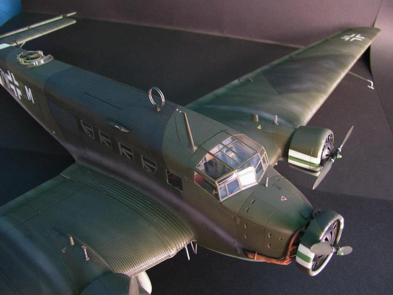 Junkers Ju 52/3m g 4e Revell 1/48 Ju52%2021