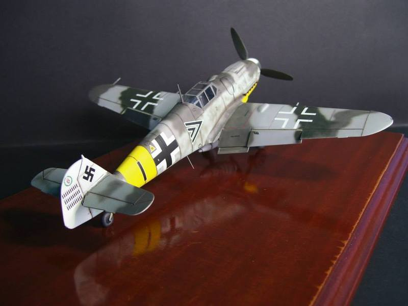 Messerschmitt Bf 109 G-6/R6 Hasegawa 1/48 Anton Hackl. Me109G6%2010_1