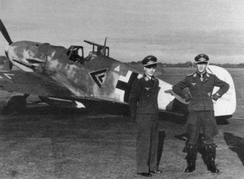 Messerschmitt Bf 109 G-6/R6 Hasegawa 1/48 Anton Hackl. Me109G6%2017_1