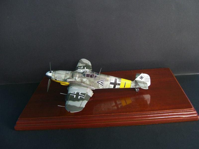 Messerschmitt Bf 109 G-6/R6 Hasegawa 1/48 Anton Hackl. Me109G6%201_1